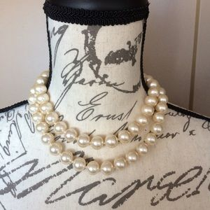 Vintage Double Strand Pearl Chunky Necklace
